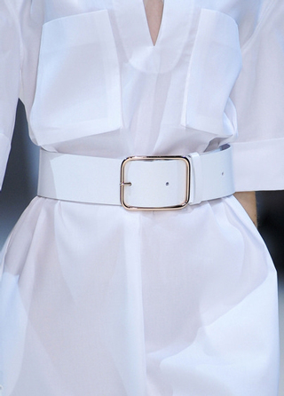 Guy-Laroche-accessories-in-shop-windows-fashion-collection-spring-summer