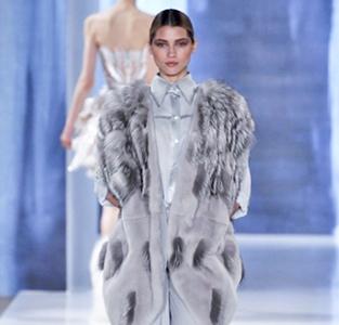 Valentin-Yudashkin-in-shops-fashion-trends-for-women-fall-winter
