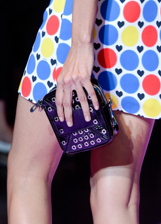 Versus-fashion-bag-by-hand-accessories-spring-summer