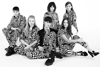 Versus-fashion-brand-designer-trends-clothing-accessories