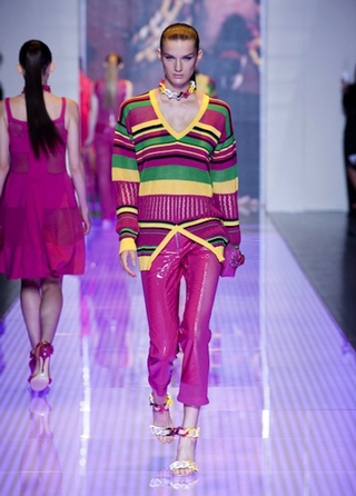 Versus-fashion-clothing-collection-spring-summer