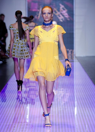 Versus-fashion-dress-collection-spring-summer