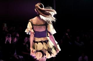 Versus-new-video-fashion-show-spring-summer-2013