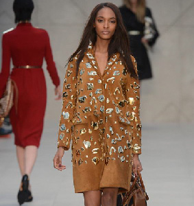 Burberry-new-video-fashion-show-fall-winter-2013-2014-collection