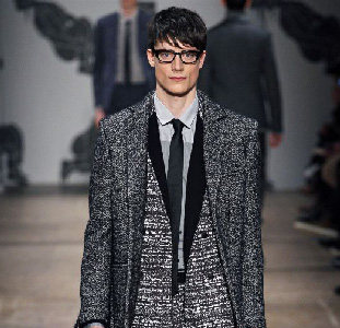 Viktor--Rolf-new-video-fashion-show-fall-winter-2013-2014-men-collection
