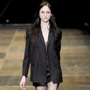 Yves-Saint-Laurent-in-shops-fashion-trends-for-women-fall-winter-2014