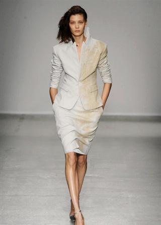 Look lifestyle Vandevorst spring summer 2014 dresses