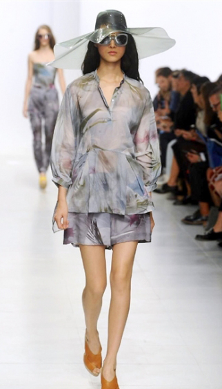 Clothing Chalayan spring summer 2014 womenswear