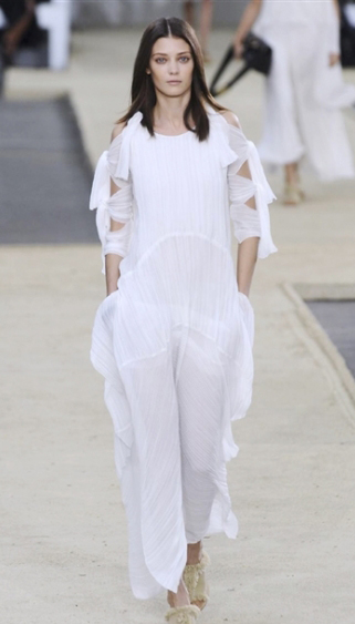 Womens lifestyle Chloe spring summer 2014 womenswear