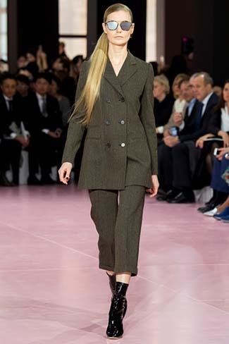 Christian Dior Fall Winter 2015 2016 Womenswear 4