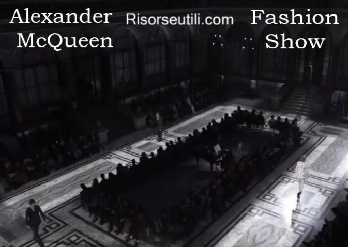 Fashion show Alexander McQueen fall winter 2016 2017 menswear