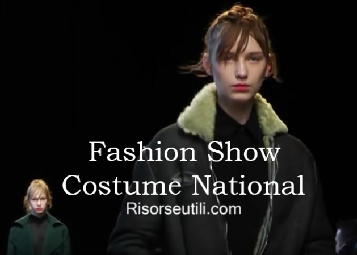 Fashion show Costume National fall winter 2016 2017 womenswear