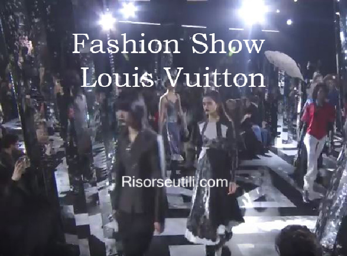 Fashion show Louis Vuitton fall winter 2016 2017 womenswear