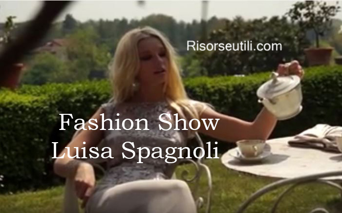 Fashion show Luisa Spagnoli fall winter 2016 2017 womenswear