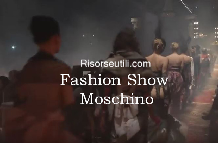 Fashion show Moschino fall winter 2016 2017 womenswear