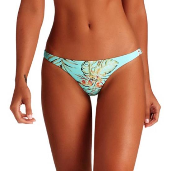 Bikinis Vitamin A summer swimwear Vitamin A look 7