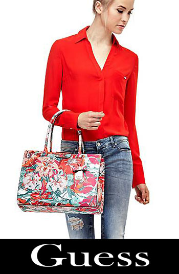 Guess accessories bags for women fall winter 2