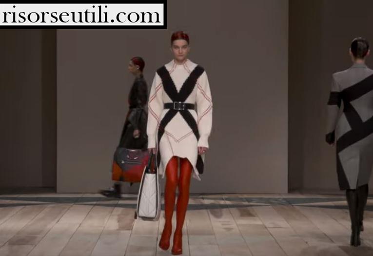 Catwalk Alexander McQueen fashion show F W 2020 21 for women