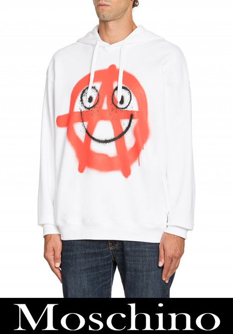 New arrivals Moschino fashion 2020 for men 7